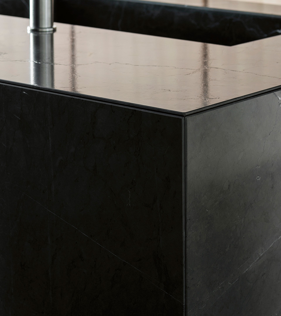 Stone kitchen with island T45 | TM Italia 2018 Kitchens Collection - TM_CAT_RE_T45evo_DETTAGLIO-CONCEPT-evo-1