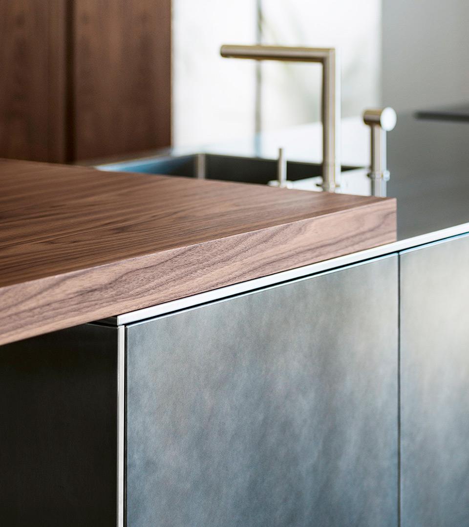 Wood & Steel Kitchen with island D90 | TM Italia 2018 Kitchens Collection - TM_CAT_D90_DETTAGLIO-CONCEPT-1-2