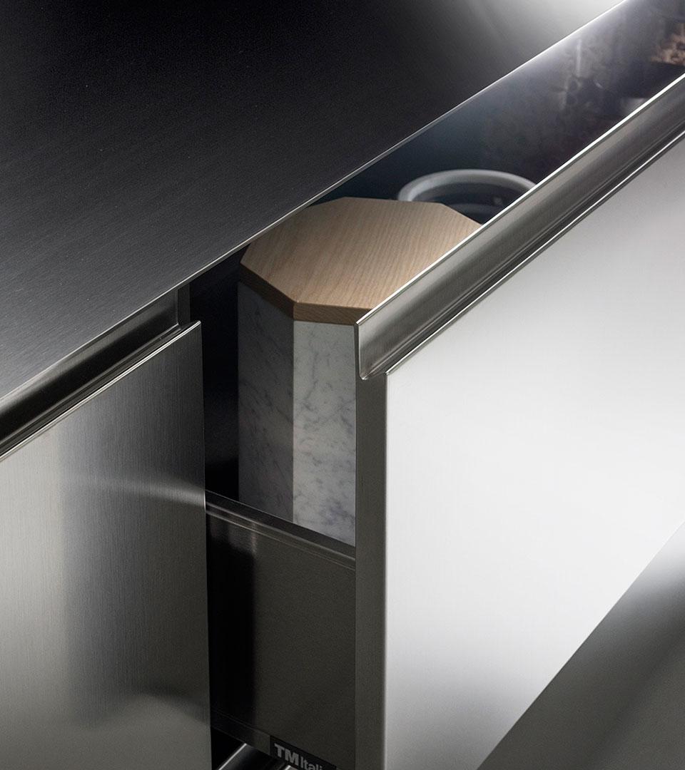 Cucina in legno e acciaio G180 | Collezioni Cucine 2018 TM Italia - TM_CAT_G180_DETTAGLIOCONCEPT_1-1