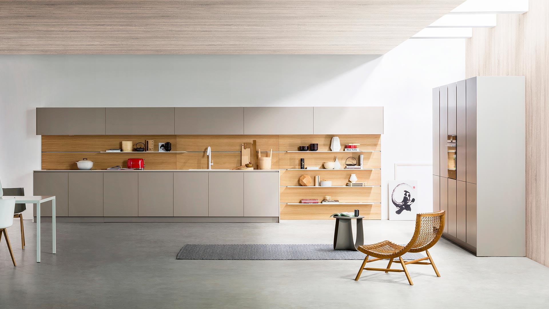 Freestanding modern kitchen in Corian | TM Italia 2018 Kitchens Collection - TM_CAT_K6_001
