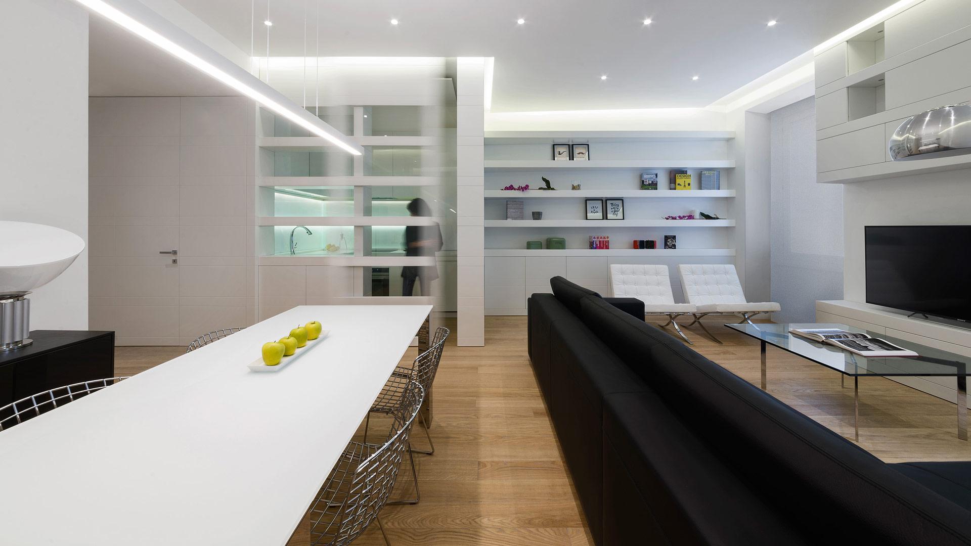 Interior: Private apartment in Rome with a simple, unique and functional design - TM Italia - Area-contract-Cicchetti-01