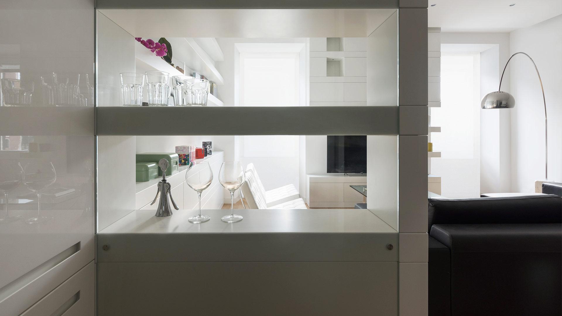 Interior: Private apartment in Rome with a simple, unique and functional design - TM Italia - Area-contract-Cicchetti-07