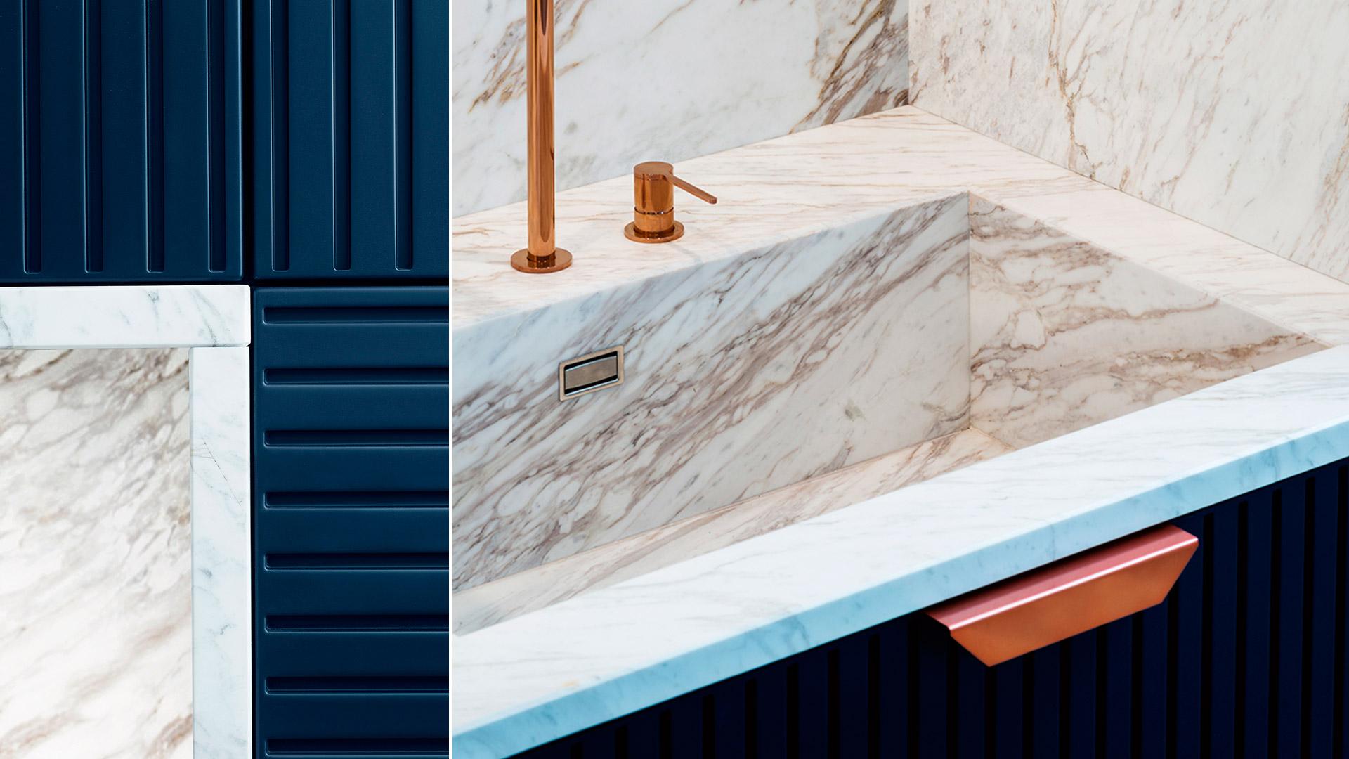 Stone kitchen with island or peninsula MIUCCIA | TM Italia 2018 Kitchens Collection - TM_CAT_MIU_003