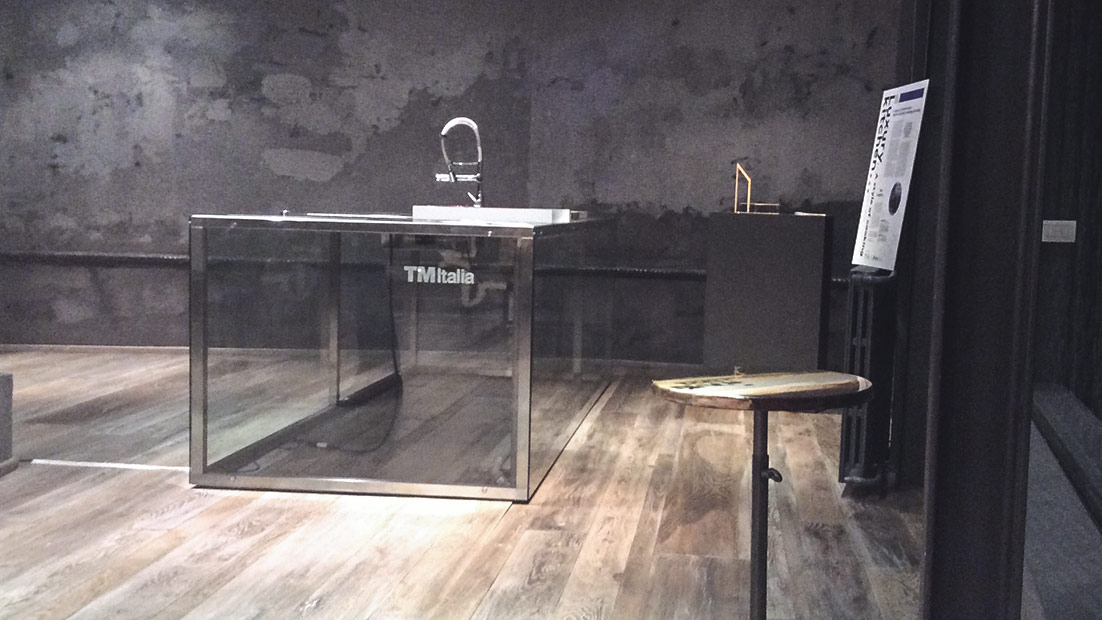 Passepartout, a solid showkitchen in glass and steel at Cibus Fair 2016 - TM Italia - 4