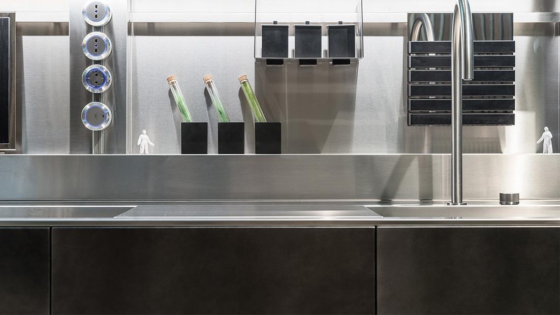 D90/12-D90/TP, il fascino delle architetture moderne - Cucine su Misura | TM Italia Cucine - d90-gallery-1