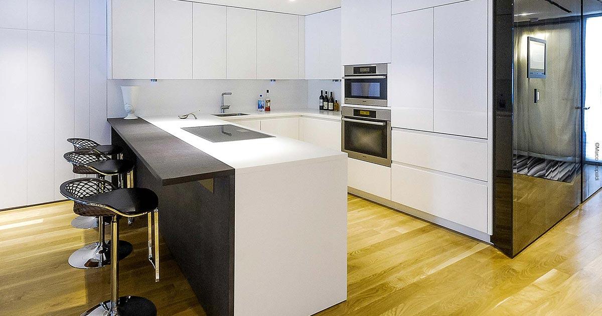 Kitchens with peninsula | TM Italia Design Kitchen Projects - kitchen_with_peninsula_TMItalia_8