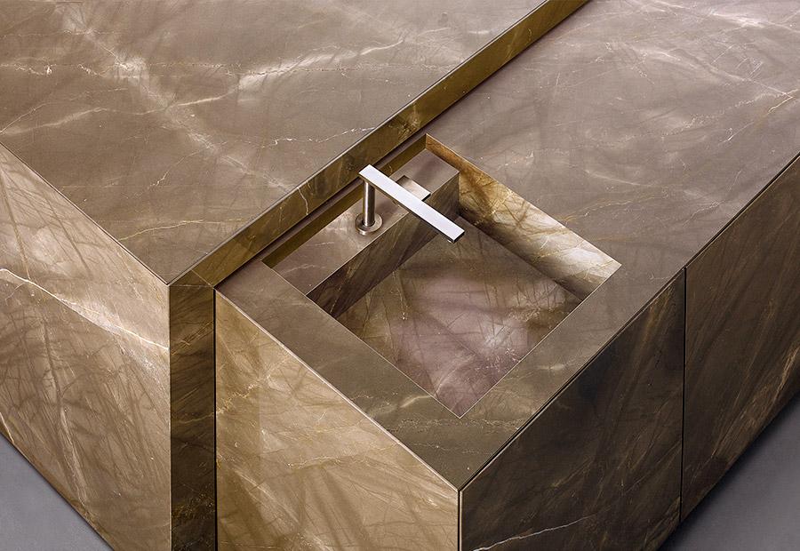 TM Italia produce la prima cucina in marmo con trattamento AzeroCare - Cucine su Misura | TM Italia Cucine - TMItalia-news-antolini-gallery-2