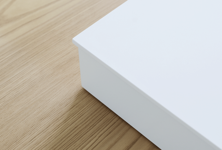 SO WHITE, SO PURE: THE WHITE KITCHEN, SYMBOL OF THE ESSENTIAL